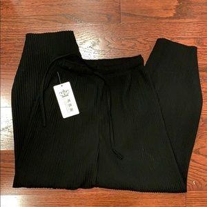🌼3 for $26🌼Wide legs flow pants - super comfy